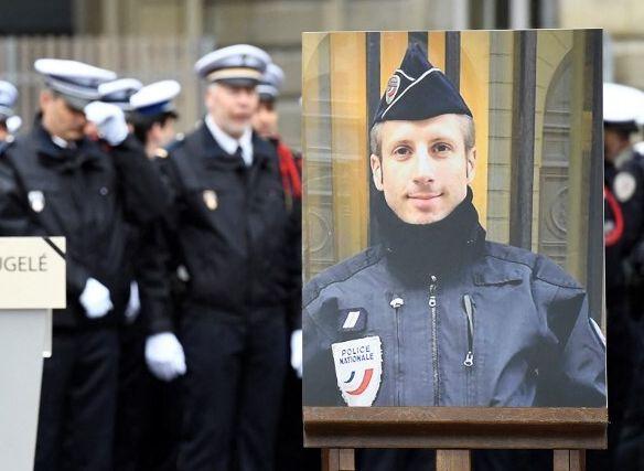 Une cérémonie d'hommage à Xavier Jugelé, le 25 avril 2017 à