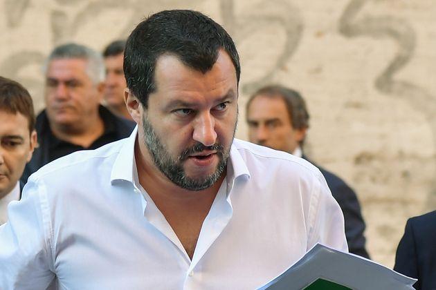 Salvini vuole i suoi in campo per Roma. Tutti candidati per trainare