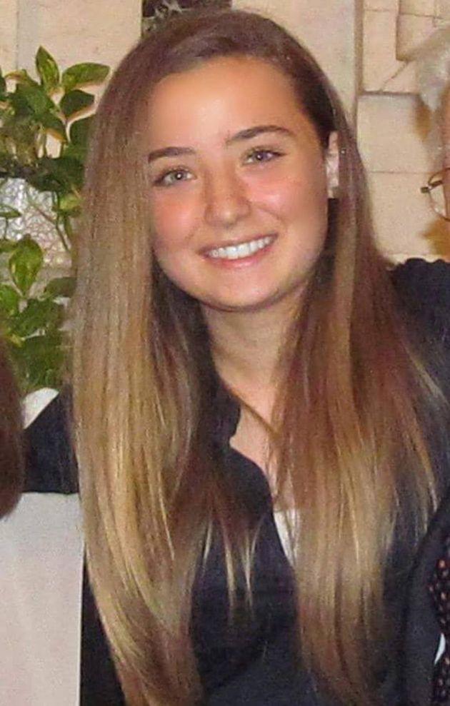 Una foto di Camilla Canepa presa dal suo profilo Facebook. La 18enne di Sestri Levante ricoverata domenica al S.Martino di Genova dopo una trombosi al seno cavernoso e operata per la rimozione del trombo e ridurre la pressione intracranica, è morta. Era stata vaccinata con AstraZeneca il 25 maggio nell'open day per gli over 18. PROFILO FACEBOOK CAMILLA CANEPA ++ ATTENZIONE LA FOTO NON PUO' ESSERE PUBBLICATA O RIPRODOTTA SENZA L'AUTORIZZAZIONE DELLA FONTE DI ORIGINE CUI SI RINVIA+++ ++HO – NO SALES EDITORIAL USE ONLY++