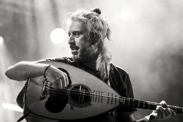 Γιάννης Χαρούλης: Δύο συν μία συναυλίες στο Κατράκειο μετά το διπλό sold