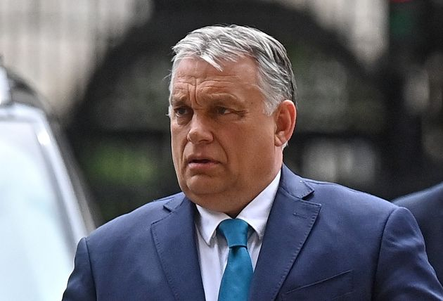 En Hongrie, Orban veut interdire la