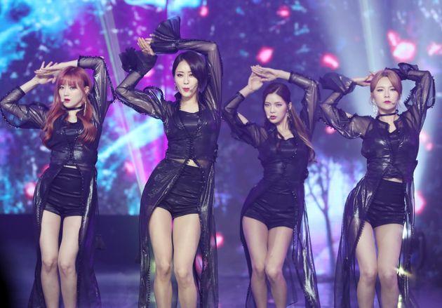 9인조 걸그룹으로 데뷔한 나인뮤지스는 수차례 멤버 교체와 탈퇴 끝에 4인조로 활동을 이어가다 지난 2019년