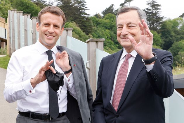 French president Emmanuel Macron and Italy's PM Mario Draghi at an informal G7