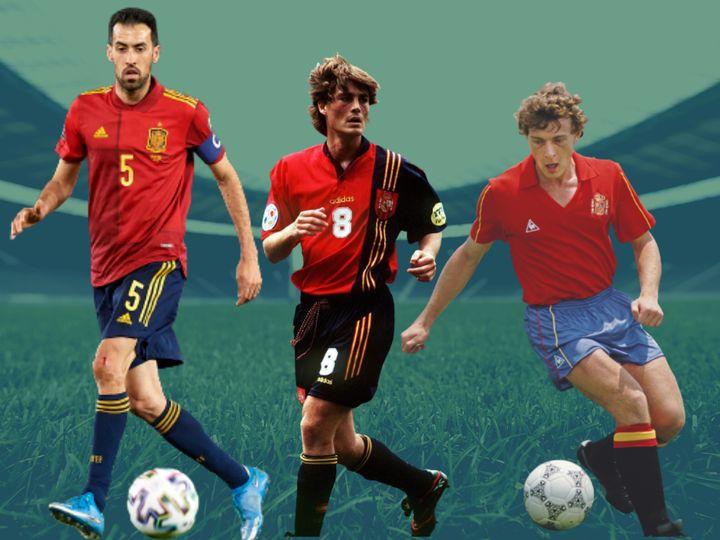 Sergio Busquets con la equipación de la selección para la Eurocopa 2021: Julen Guerrero con la de la Eurocopa de 1996, y Emilio Butragueño con la del Mundial de 1986.