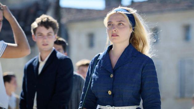 Annick Sabiani (interprétée par Lula Cotton-Frapier) lors du premier épisode de la série