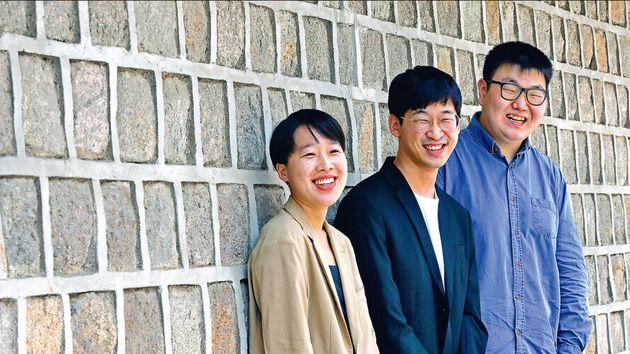 강남규 문화사회연구소 연구위원, 이길보라 영화감독, 임명묵 작가를 지난 9일 서울 중구 한 모임공간에서 만났다. 지독한 경쟁체제와 대물림된 계층화에 비판적인 목소리를 낸 이들은 90년대생을...
