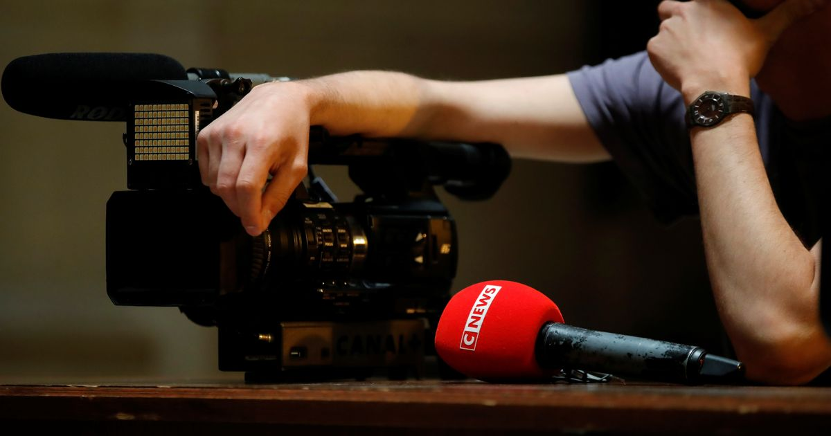 Médias - cover
