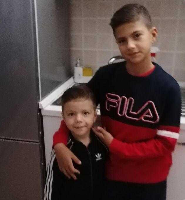 David e Daniel Fusinato, i bambini morti in una sparatoria ad Ardea, in una foto tratta dal profilo Facebook...