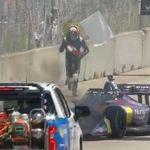 À nouveau victime d'un incendie en course, Romain Grosjean a voulu l'éteindre
