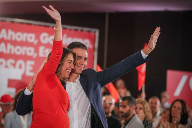 Pedro Sánchez y Susana Díaz, en un acto en campaña en Granada, en una imagen de