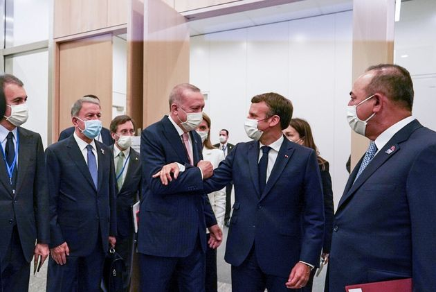 Capture Elysée - Recep Tayyip Erdoğan, le président turc et Emmanuel Macron au sommet de l'OTAN, le 14...
