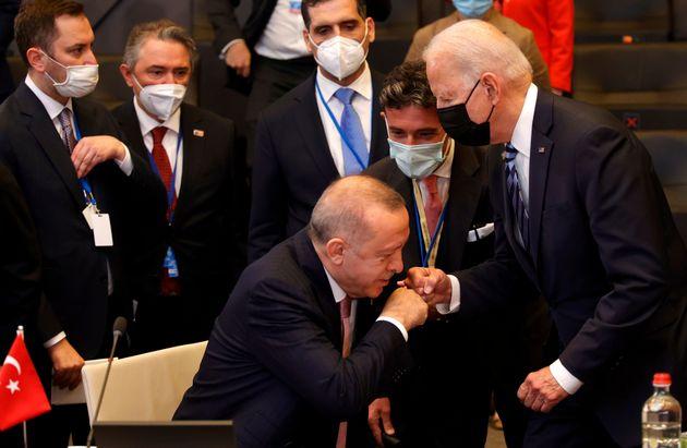 El presidente turco, Recep Tayyip Erdogan, y el estadounidense, Joe Biden, este
