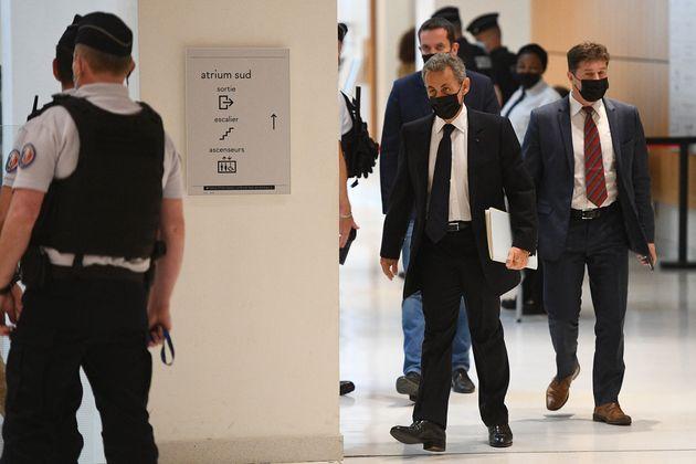Nicolas Sarkozy arrivant à son audition dans le cadre du procès de l'affaire Bygmalion à Paris le 15...