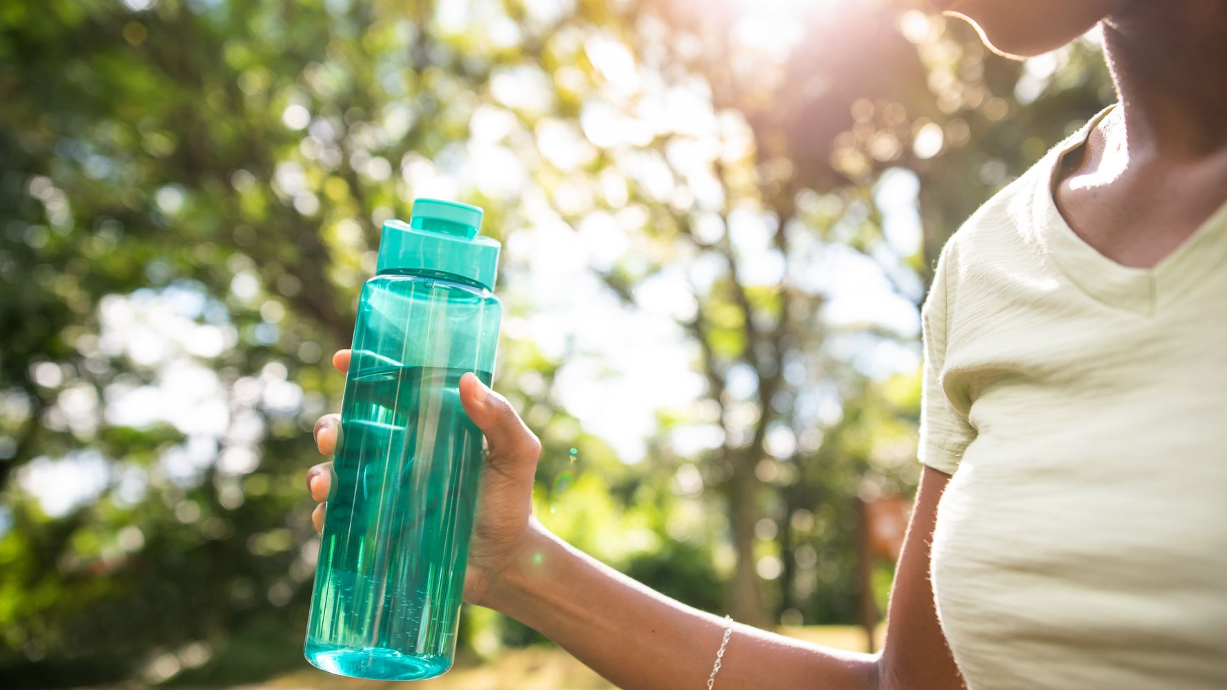 7 Weird, Sneaky Signs You Might Be Dehydrated