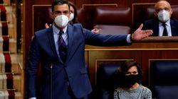 Sánchez contesta a Casado que no utilizará la monarquía como el PP: