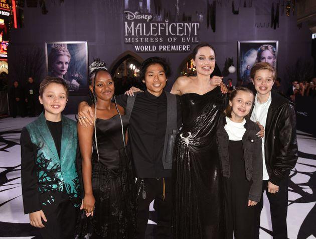 2019년 9월 30일 안젤리나 졸리의 영화 '말레피센트' 월드 프리미어에 참석한 팍스, 자하라, 샤일로, 비비안,