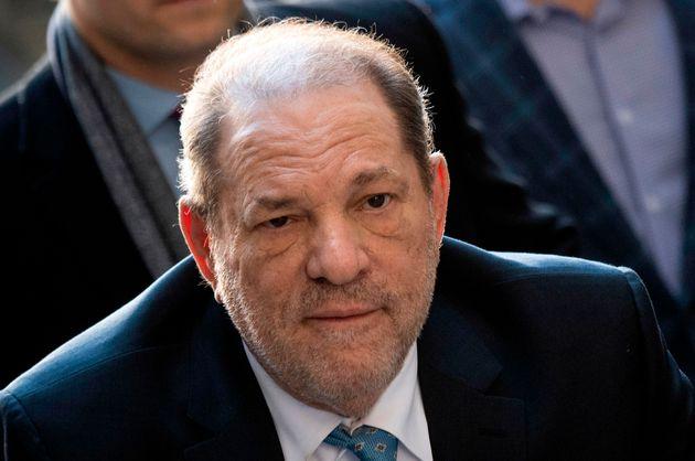 Harvey Weinstein llega a Manhattan el 24 de febrero de