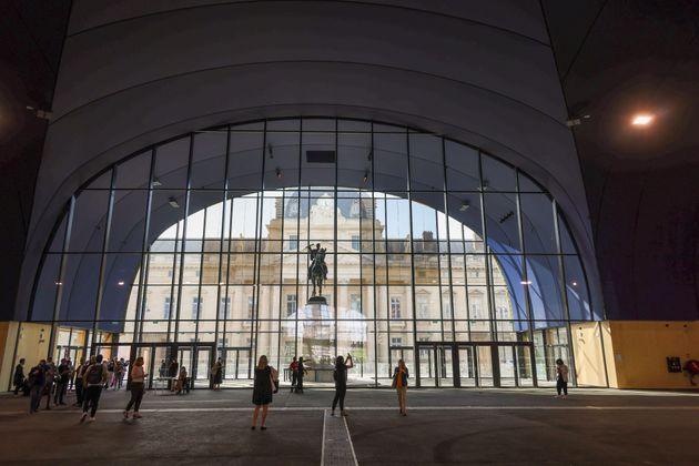 Παρίσι: Το «Εφήμερο Grand Palais» των 40 εκατ.