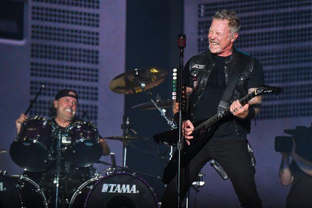 Lars Ulrich y James Hetfield, de Metallica, en el Austin City Limits Festival en