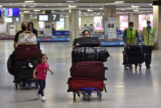 Η ΕΕ αποφάσισε άρση περιορισμών για τους ταξιδιώτες από τις