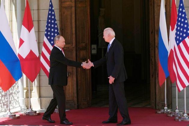Μπάιντεν - Πούτιν: Συμφωνία για αμοιβαία επιστροφή των