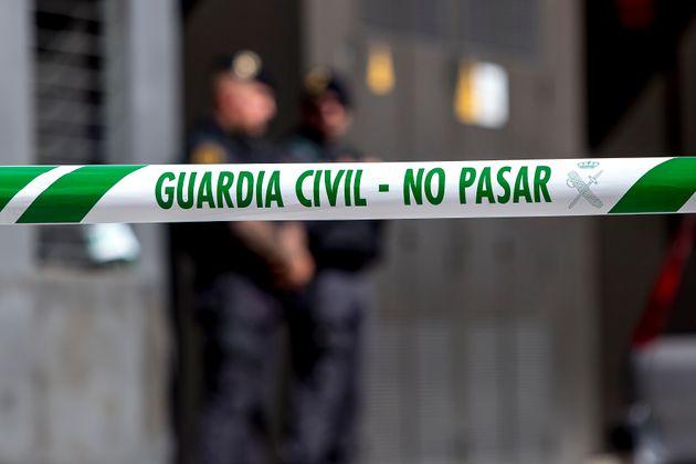 Una cinta de la Guardia Civil en el momento del arresto de los CDR, en Sabadell, en