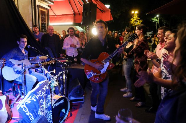 Un groupe en concert lors de la Fête de la musique, à Paris le 21 juin 2019 : tout ce qui...
