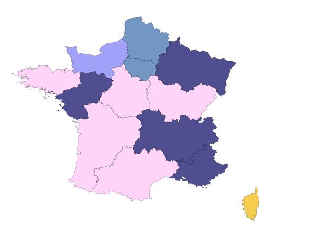 La carte des régions en 2015, rose: parti socialiste, bleu: LR, bleu clair: proche des LR, jaune:...