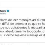 Helena Resano muestra un mensaje como ejemplo de lo que está soportando en las últimas