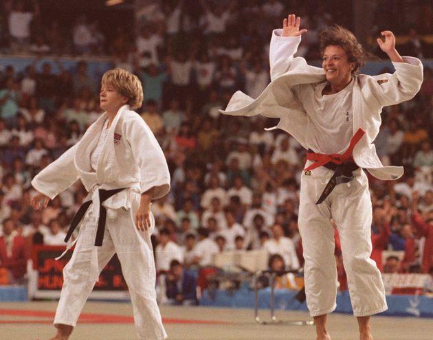 Miriam Blasco, exultante tras coronarse campeona