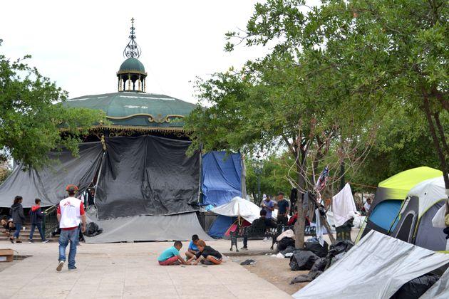 Cientos de personas deportadas por EEUU, en Reynosa,