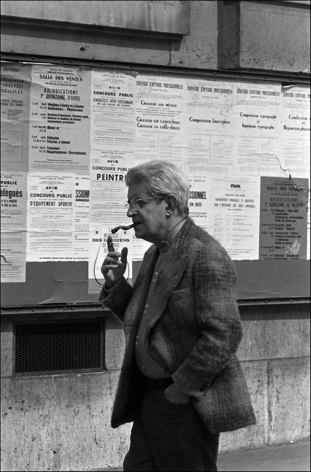 FRANCE - NOVEMBER 01: Jacques Lacan, psychoanalyst and writer leaving the Sorbonne after his seminary...