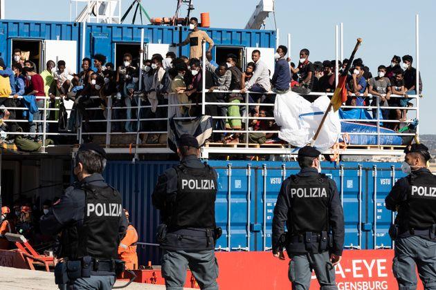 POZZALLO, SICILY, ITALY - 2021/05/21: Police wait for disembarkation of 414 migrants at the port of Pozzallo...