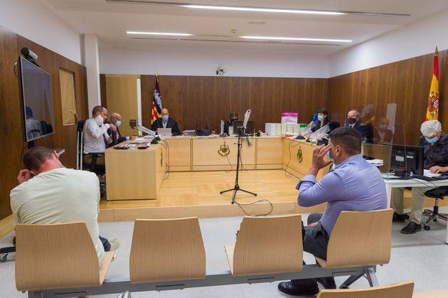 Lo nunca visto en un juicio: sorpresa por lo que hizo un testigo en plena