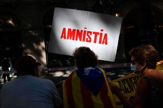 La Spagna concederà l'indulto a 9 indipendentisti catalani. L'annuncio di