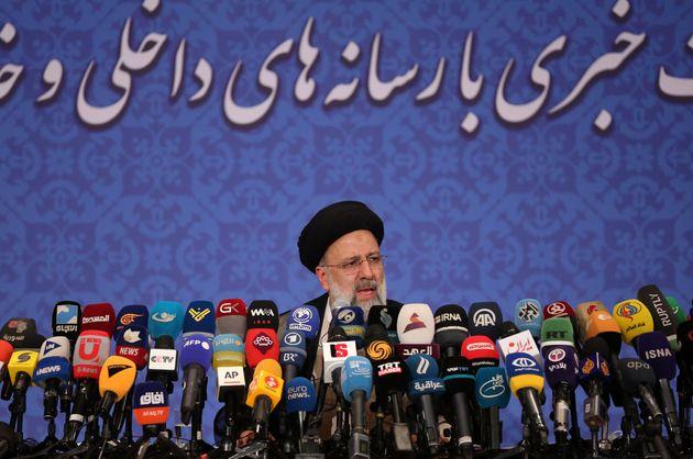 Ο εκλεγμένος πρόεδρος του Ιράν Ραϊσί λέει πως δεν θέλει να συναντηθεί με τον