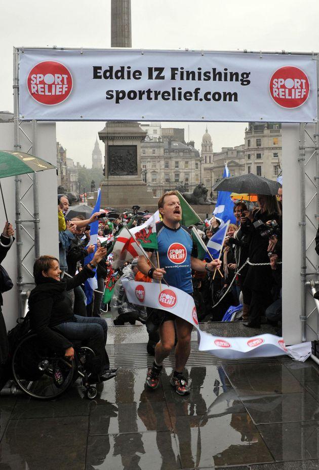 Eddie Izzard Runs 43 Marathons In 7 Weeks