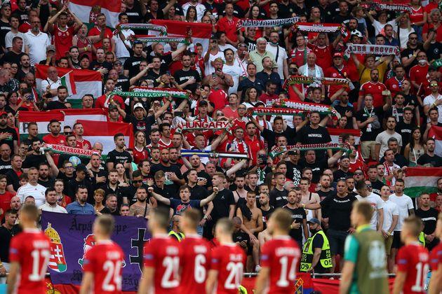 Euro 2020: Τα γεμάτα γήπεδα στην Ουγγαρία εγείρουν ανησυχίες για τα ανθρώπινα