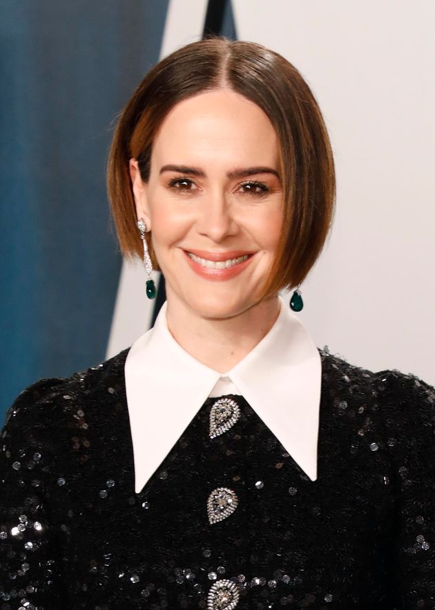 Sarah Paulson Recalls Awkward Encounter With Matthew Perry After Carrie Fishers Invite To Wild Party