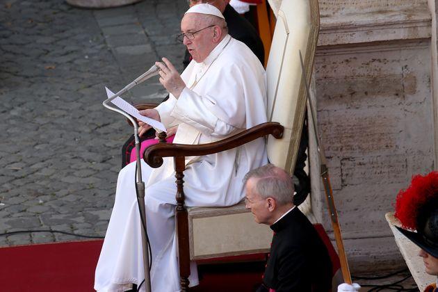 Confermato: il Papa ha voluto la nota sul ddl