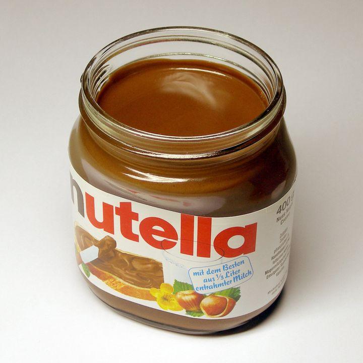 Description Ein Glas Nutella-Nussnougatcreme | Source Transferred from http://de. wikipedia. org de. wikipedia(Original text : Eigenes Foto ...