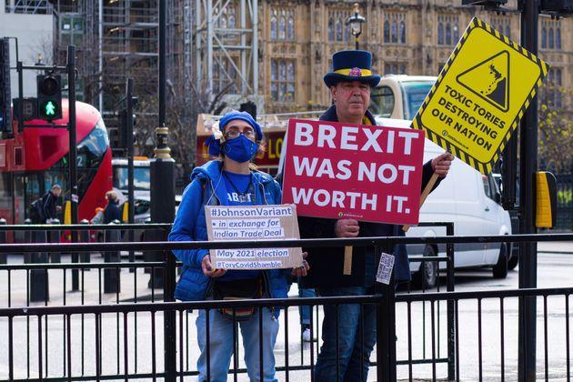 Brexit: Διορία 28 ημερών στους πολίτες της Ε.Ε. για αίτηση διαμονής στην