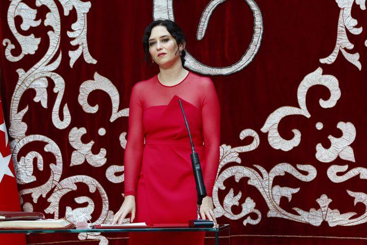 Isabel Diaz Ayuso en el acto de investidura como presidenta de la Comunidad de Madrid.