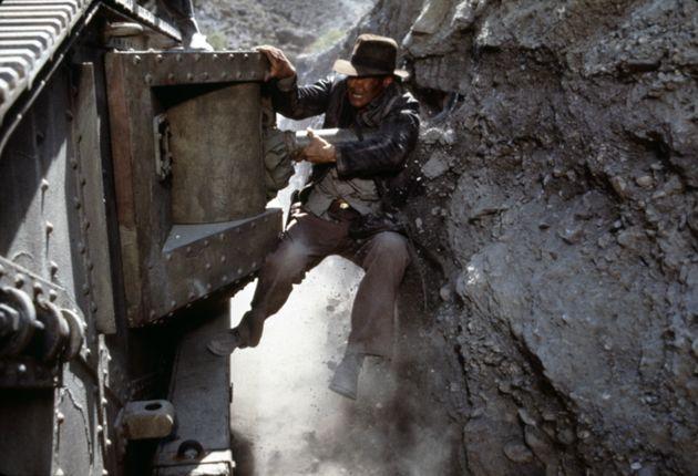 『インディ・ジョーンズ』の3作目「インディ・ジョーンズ/最後の聖戦」のシーン