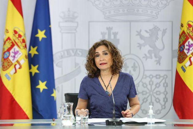 La ministra portavoz y de Hacienda, María Jesús Montero, comparece en rueda de prensa posterior al Consejo...