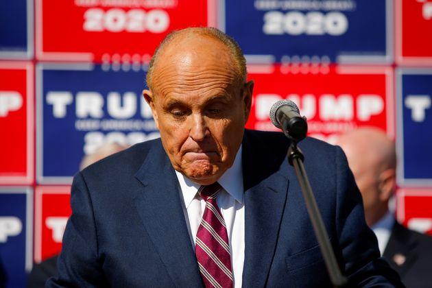 Rudy Giuliani, avocat de Trump, s'exprime à Philadelphie en Pennsylvanie le 7 novembre