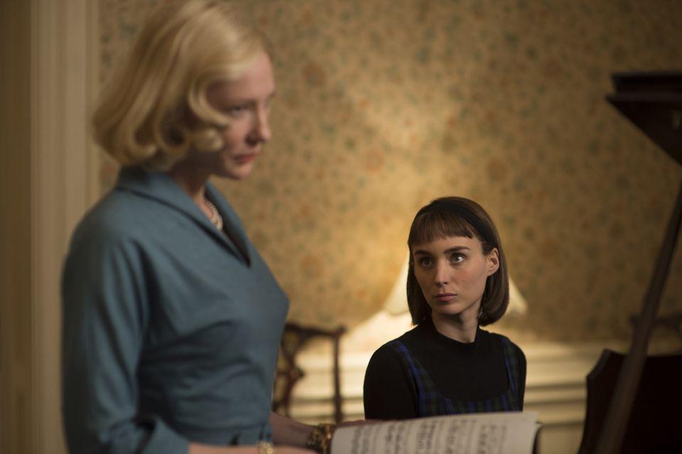 Cate Blanchett and Rooney Mara in