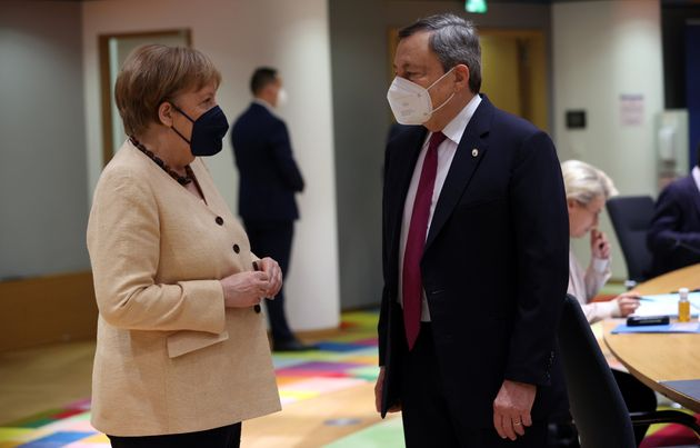 BRUSSELS, BELGIUM - JUNE 25: German Chancellor Angela Merkel (L) and Prime Minister of Italy Mario Draghi...