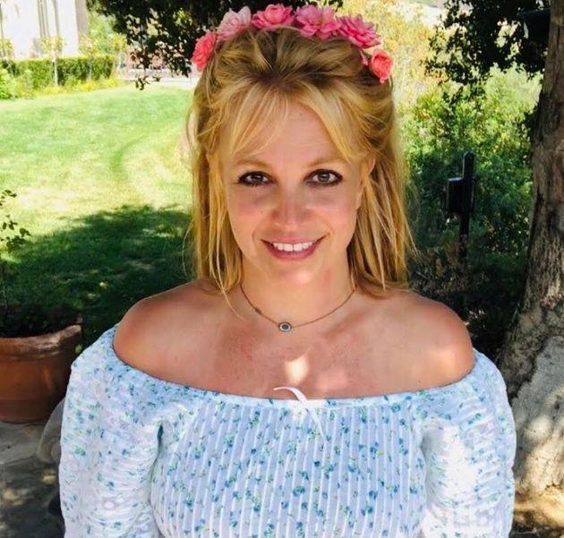 La chanteuse Britney Spears admet avoir menti sur la joie de vivre qu'elle laissait paraître sur les...