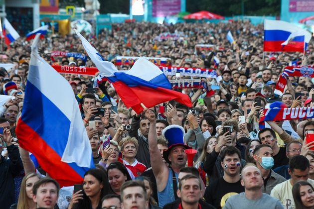 À Saint-Pétersbourg, ville qui accueille actuellement l'Euro de football, un nombre record...